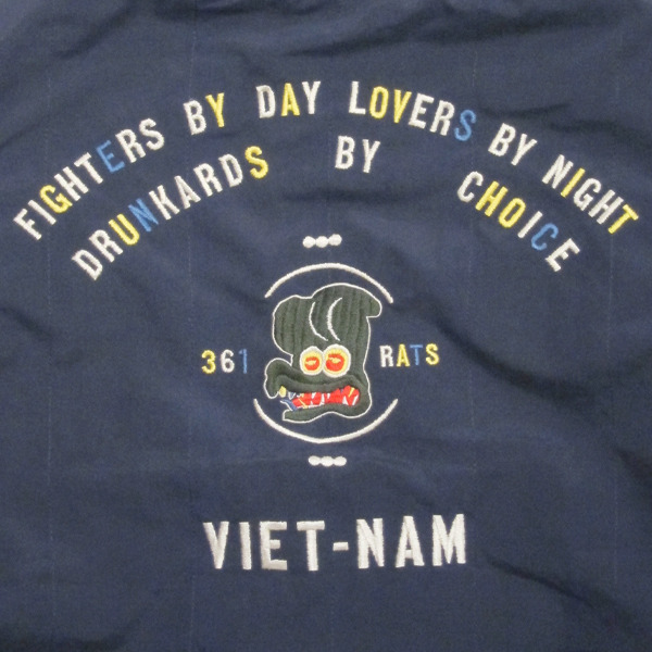 17BZ-069 VIET-NAM 361 RATS HOODED navy 7.jpg