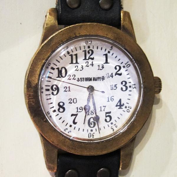 HWA001-watch-black-2.jpg